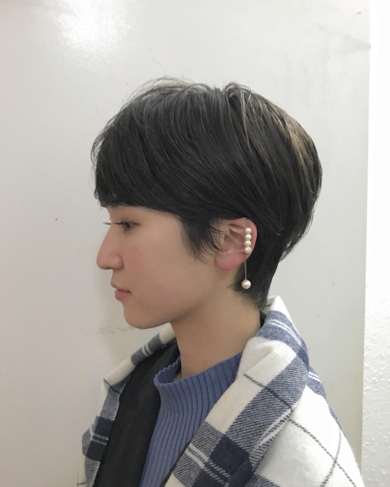 耳かけすっきりシルエットで大人っぽく 津崎 伸二 / nanuk
