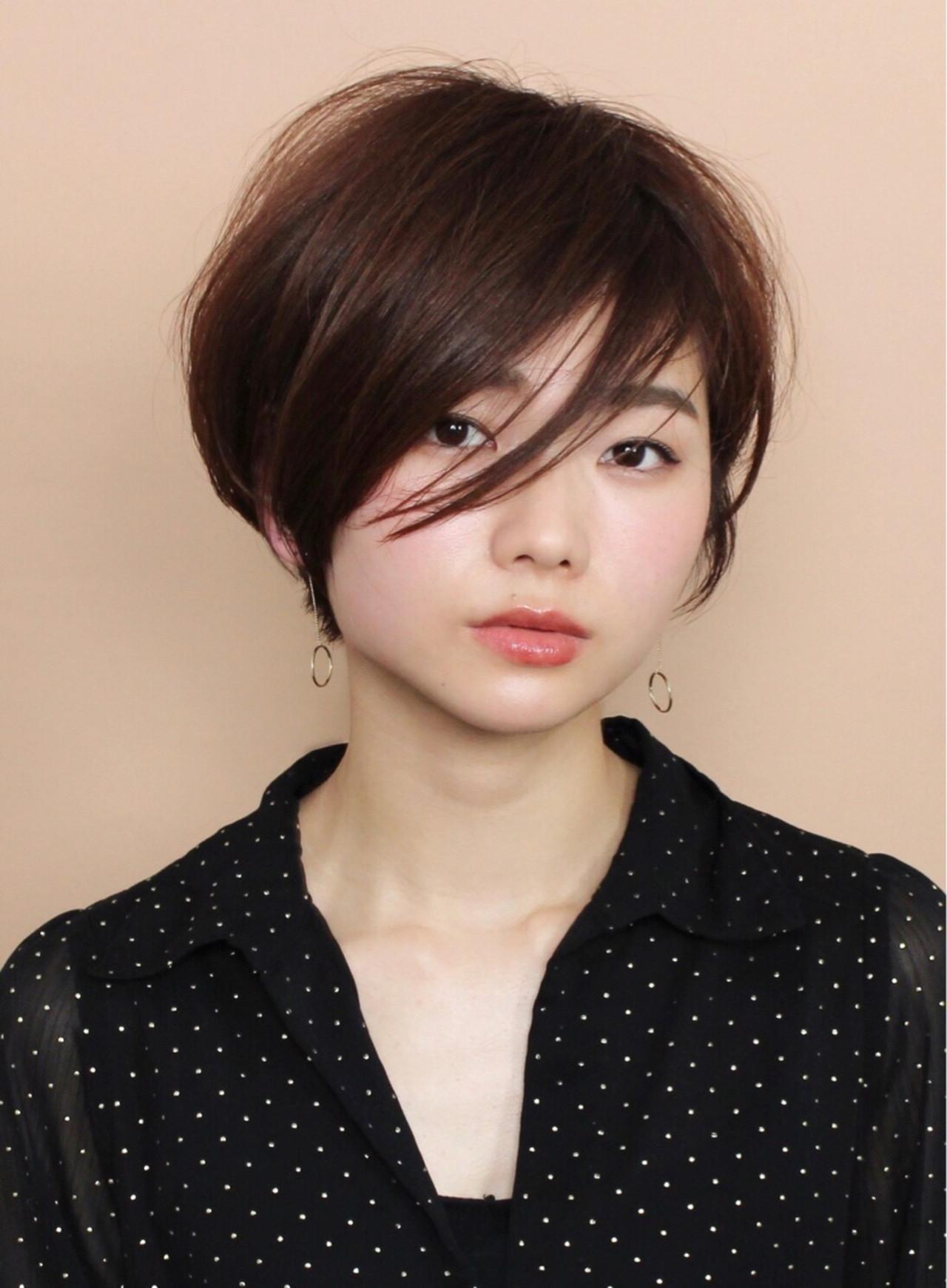 前髪長めの斜めバングでフェミニンな印象に! Mari