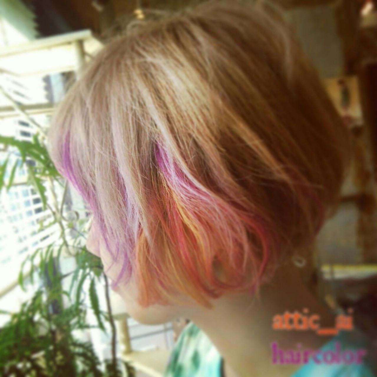 インナーカラー ショート カラーバター メッシュ ヘアスタイルや髪型の写真・画像
