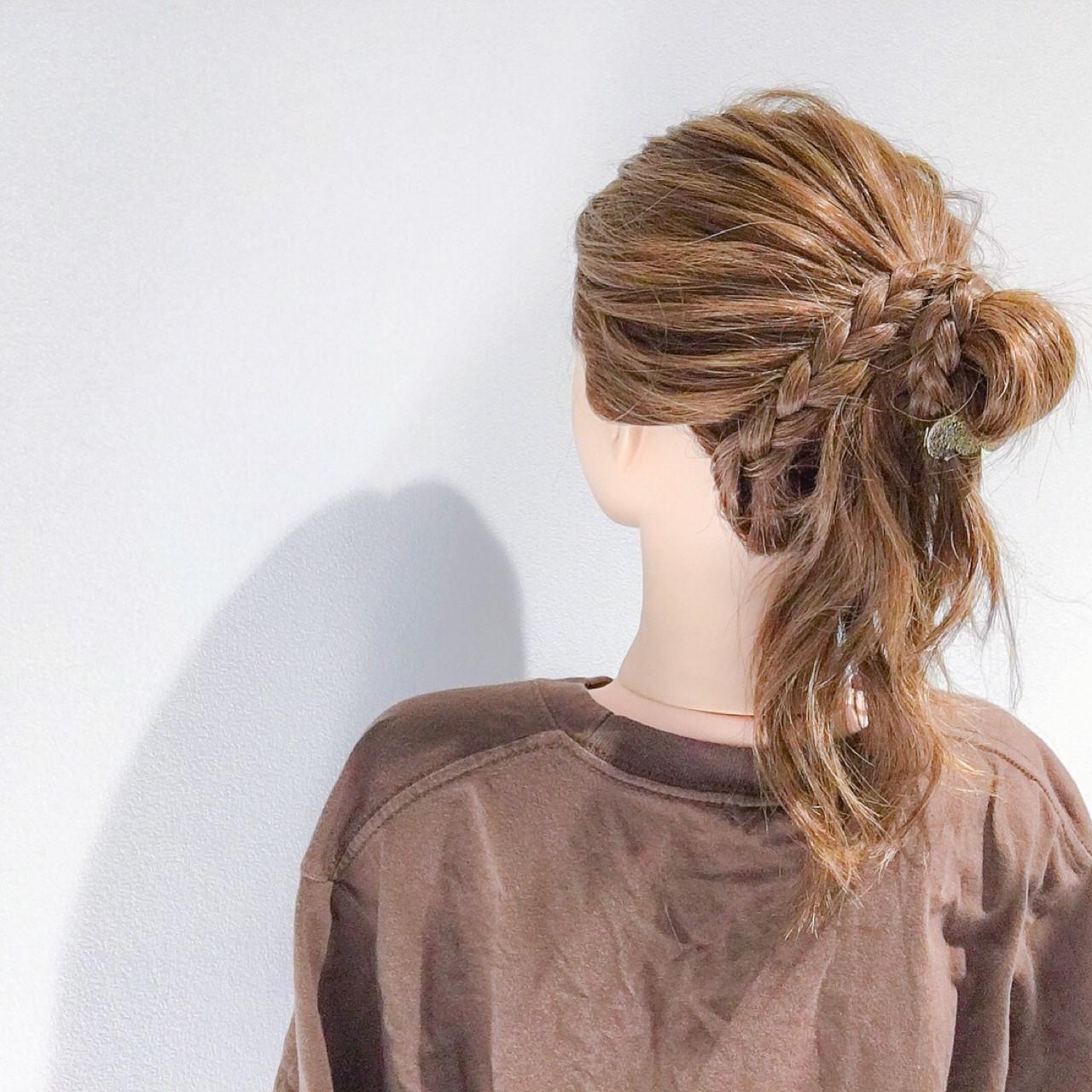 簡単ヘアアレンジ アウトドア ヘアアレンジ フェミニン ヘアスタイルや髪型の写真・画像