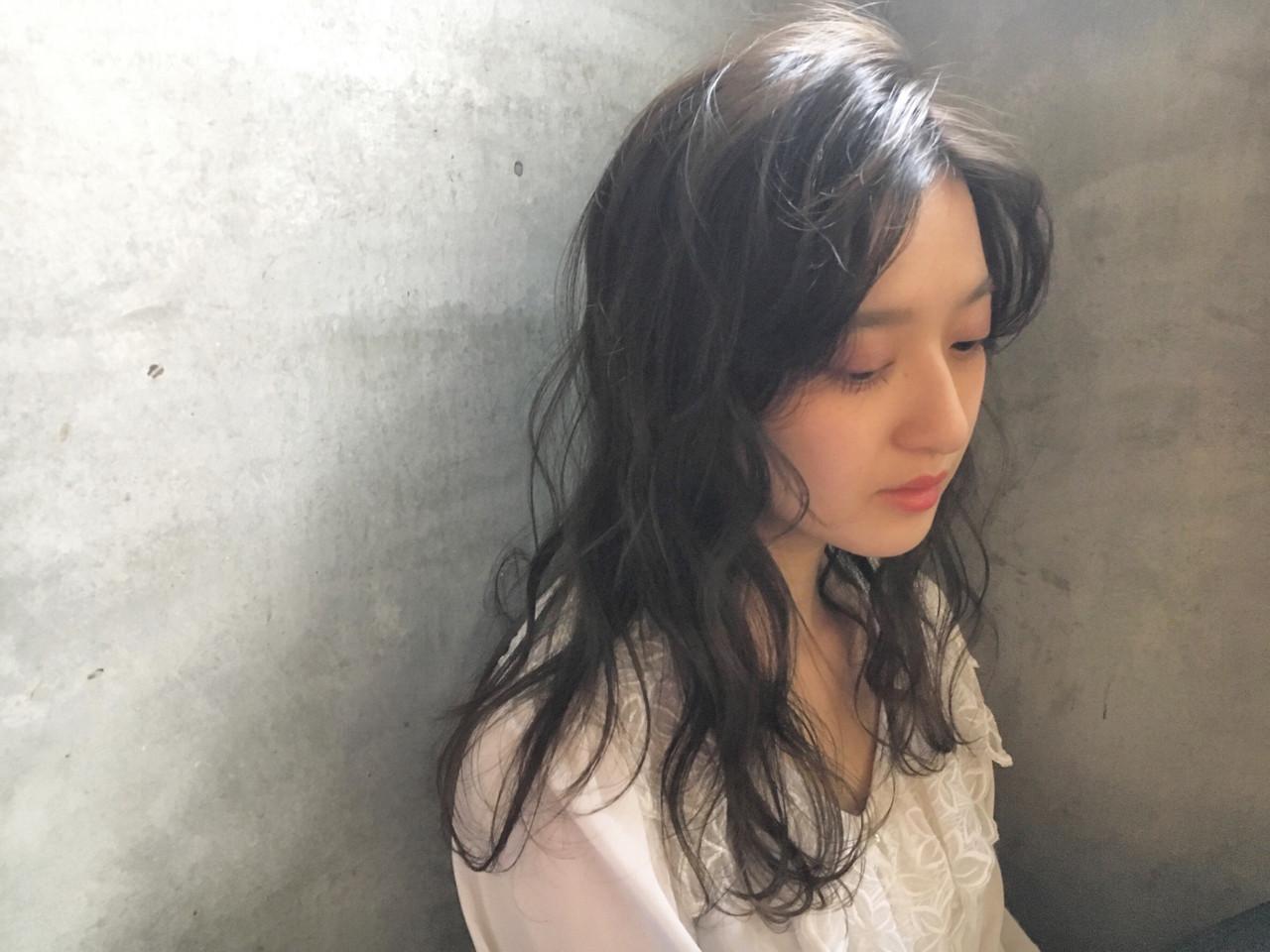 ツヤと透明感でセンシュアルな雰囲気に 藤田成美