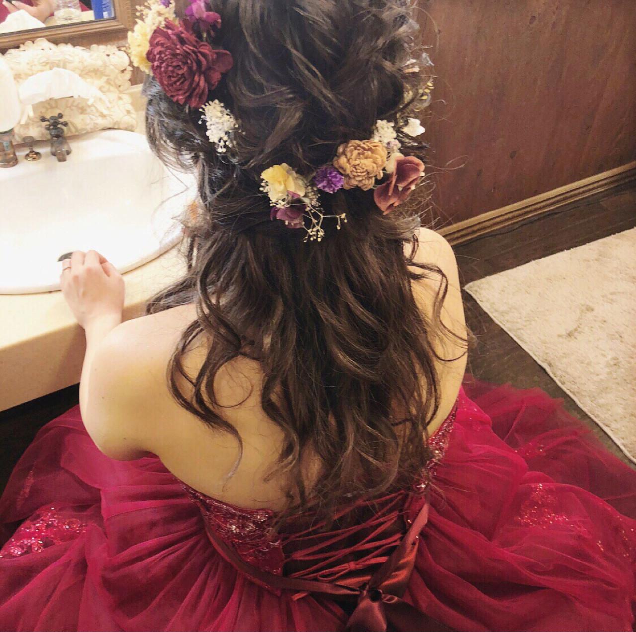 ドレスの色と合わせて統一感を出して tomoya tamada