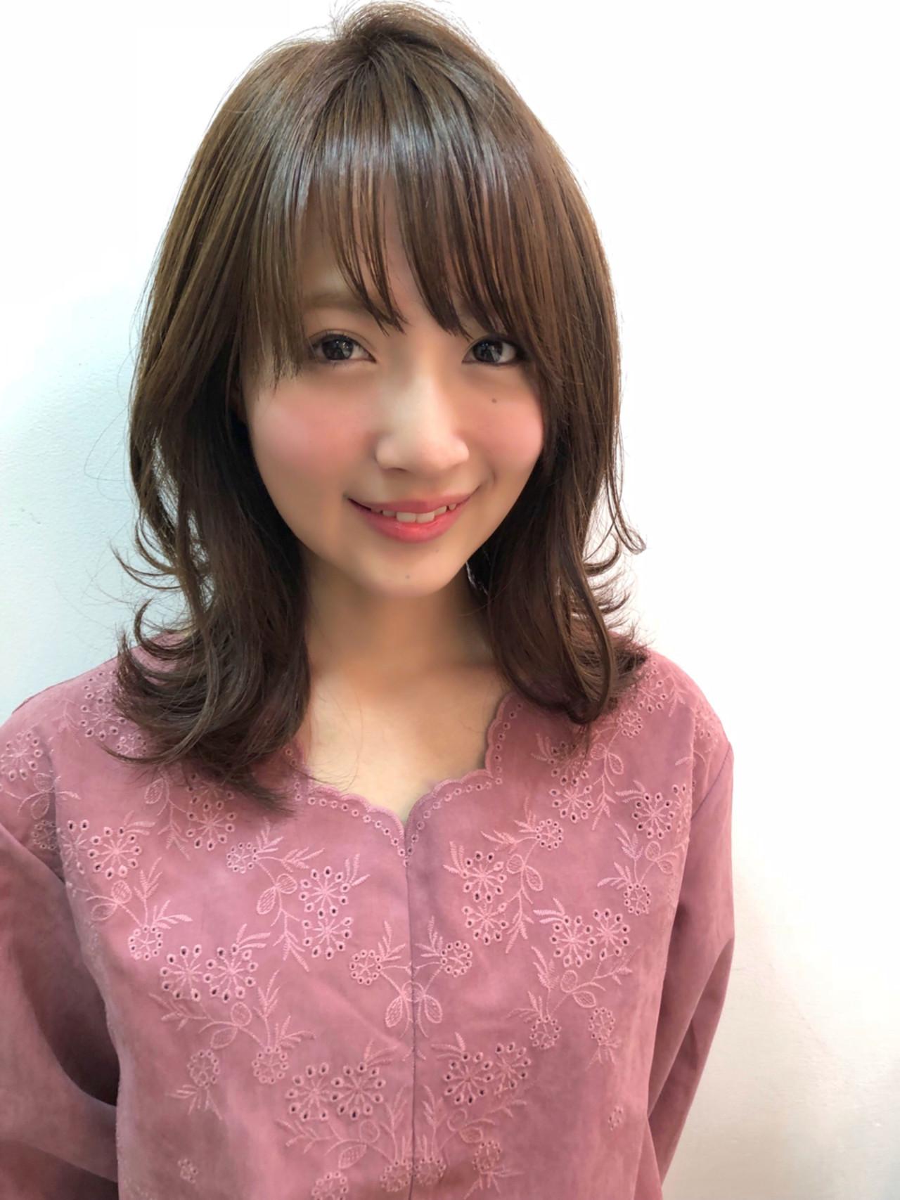 ひし形シルエットでうれしい小顔効果も♪ ナガヤ アキラ joemi 新宿