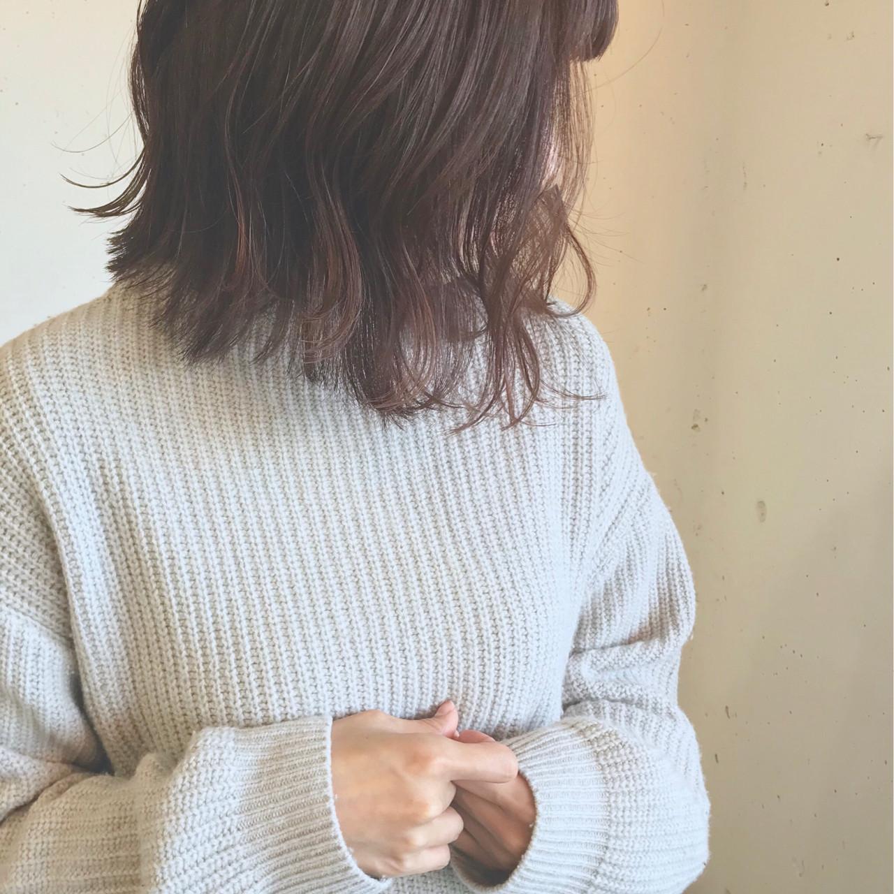 アッシュグレージュ 外国人風 ボブ ゆるふわ ヘアスタイルや髪型の写真・画像