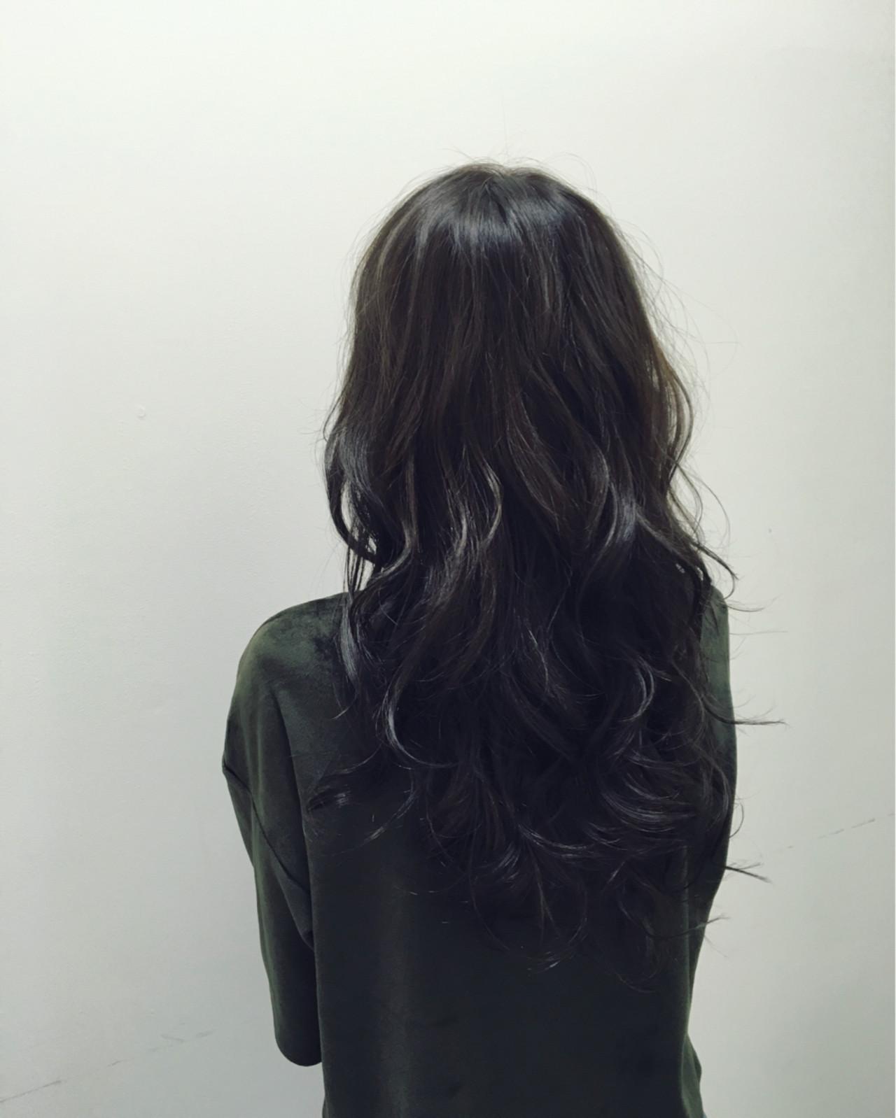 黒髪 アッシュブラック 暗髪 ロング ヘアスタイルや髪型の写真・画像