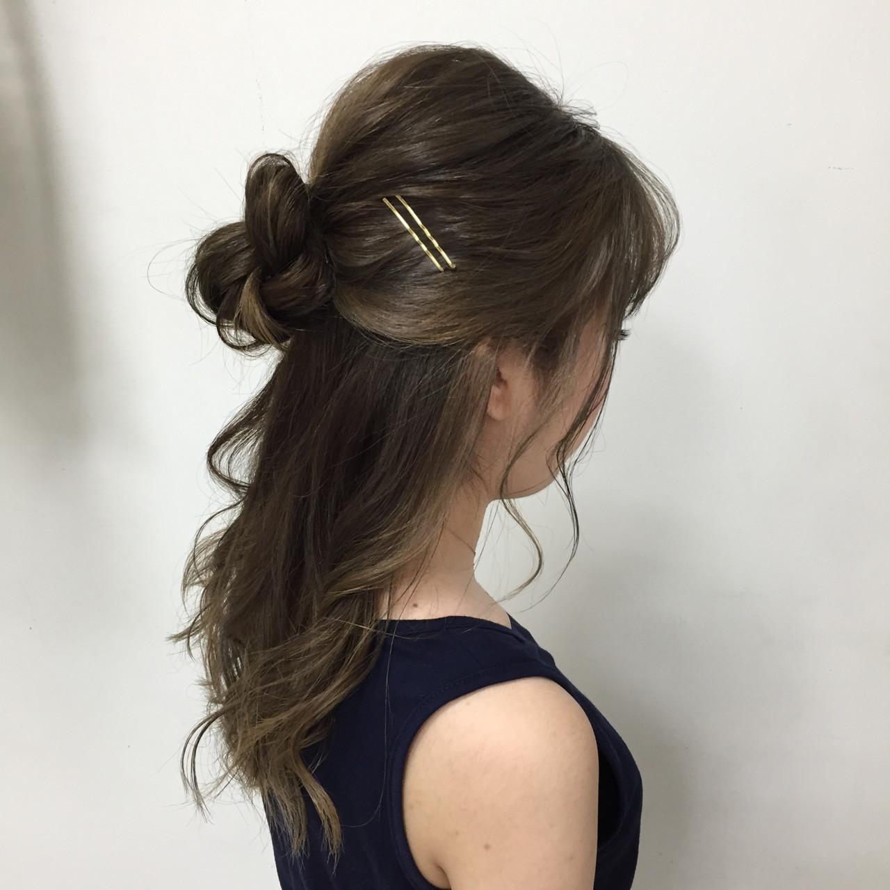 フェミニン セミロング 結婚式 セルフヘアアレンジ ヘアスタイルや髪型の写真・画像
