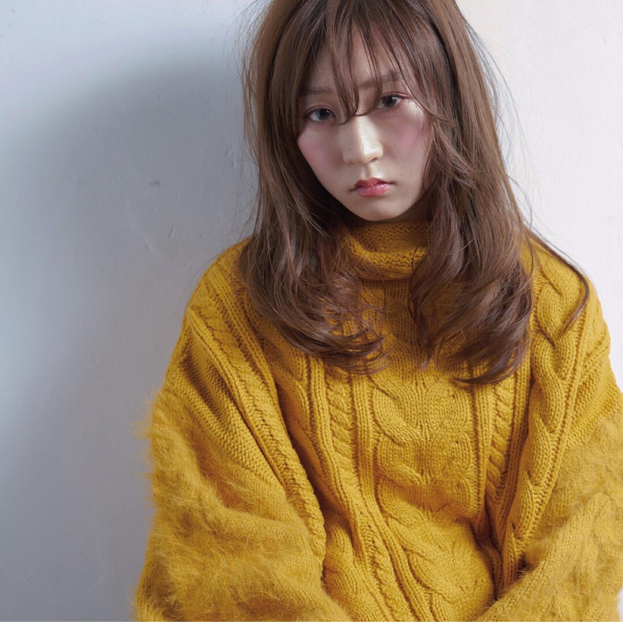 ナチュラル ミディアム 簡単ヘアアレンジ ヘアアレンジ ヘアスタイルや髪型の写真・画像