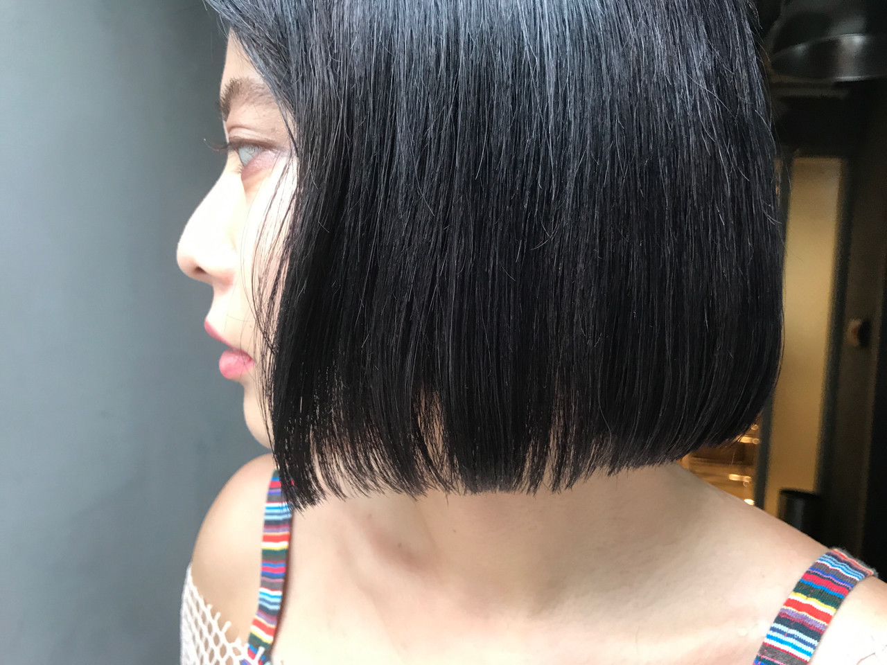 ブルーブラック アッシュブラック ボブ ワンレングス ヘアスタイルや髪型の写真・画像