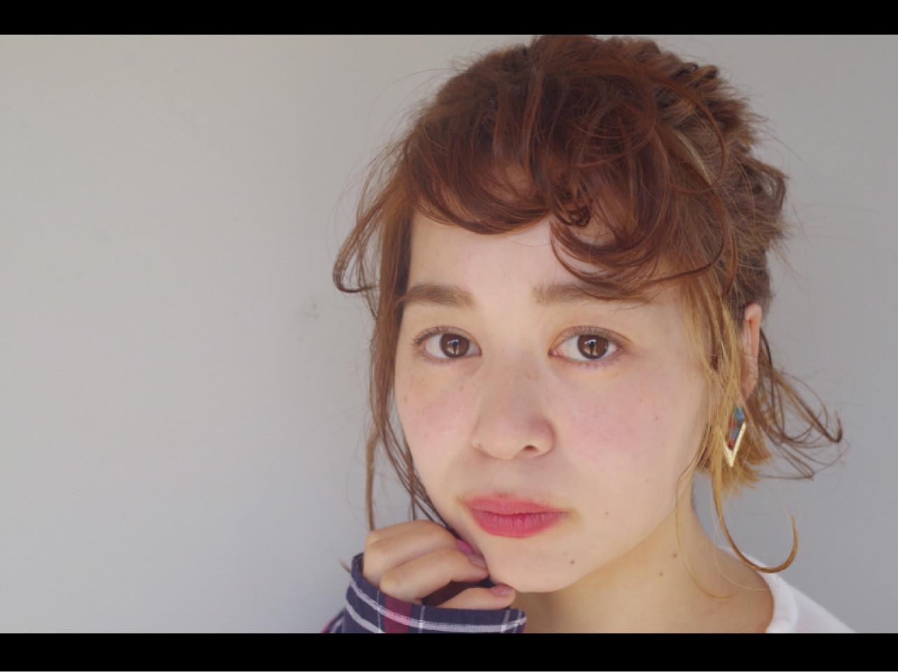 謝恩会 簡単ヘアアレンジ インナーカラー ナチュラル ヘアスタイルや髪型の写真・画像