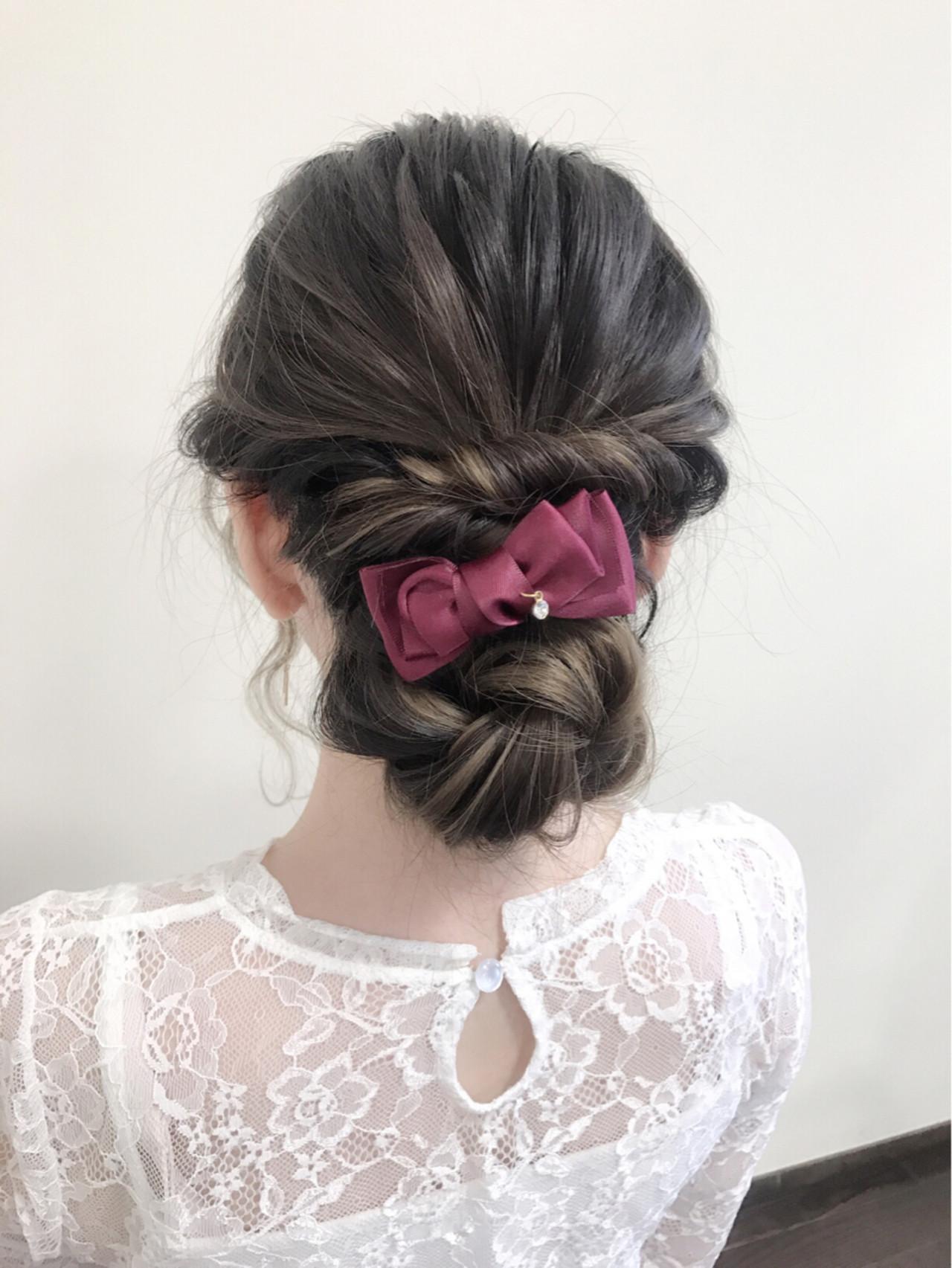 結婚式 セミロング シニヨン 大人かわいい ヘアスタイルや髪型の写真・画像