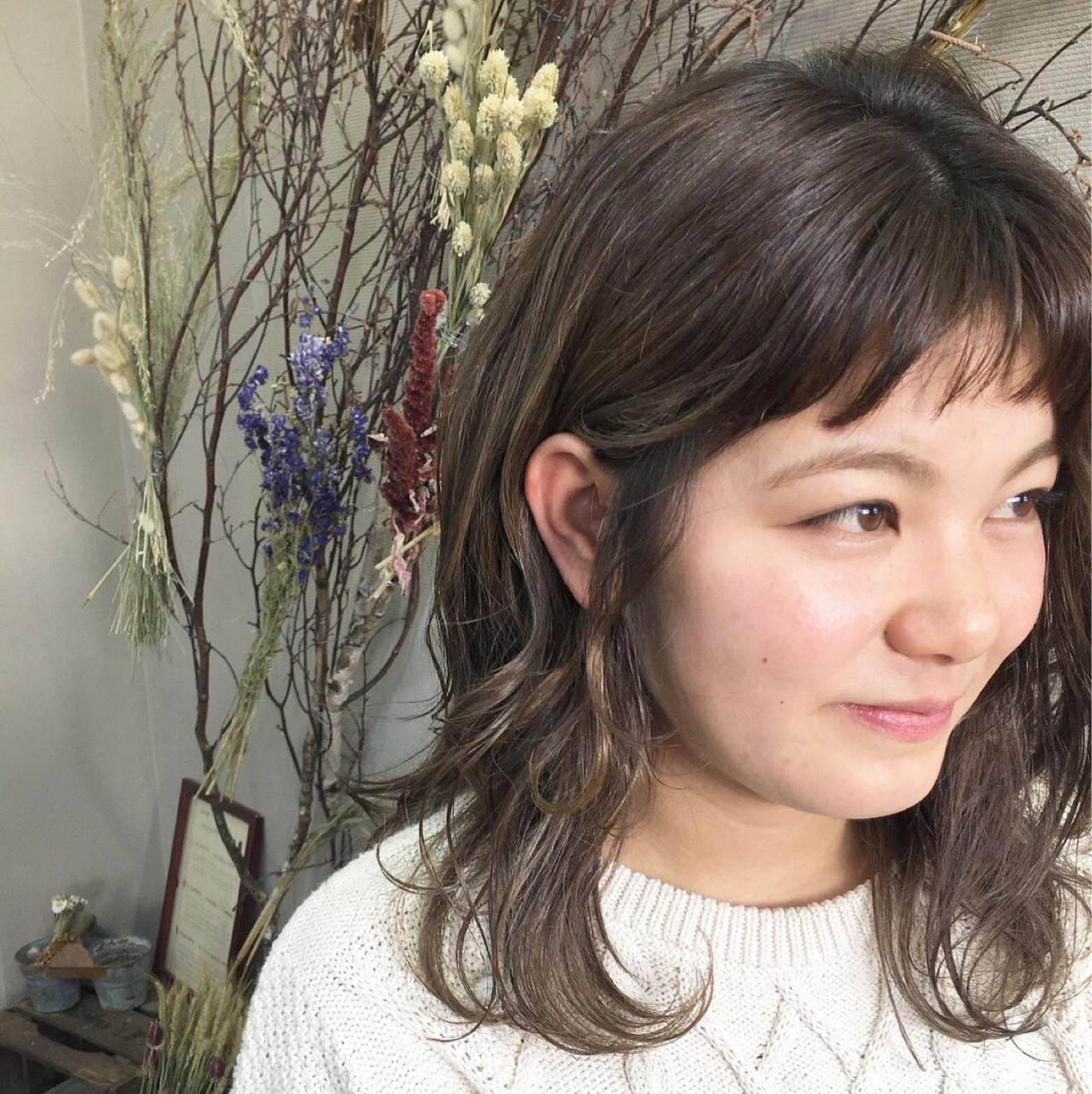 ナチュラル 簡単 前髪あり セミロング ヘアスタイルや髪型の写真・画像