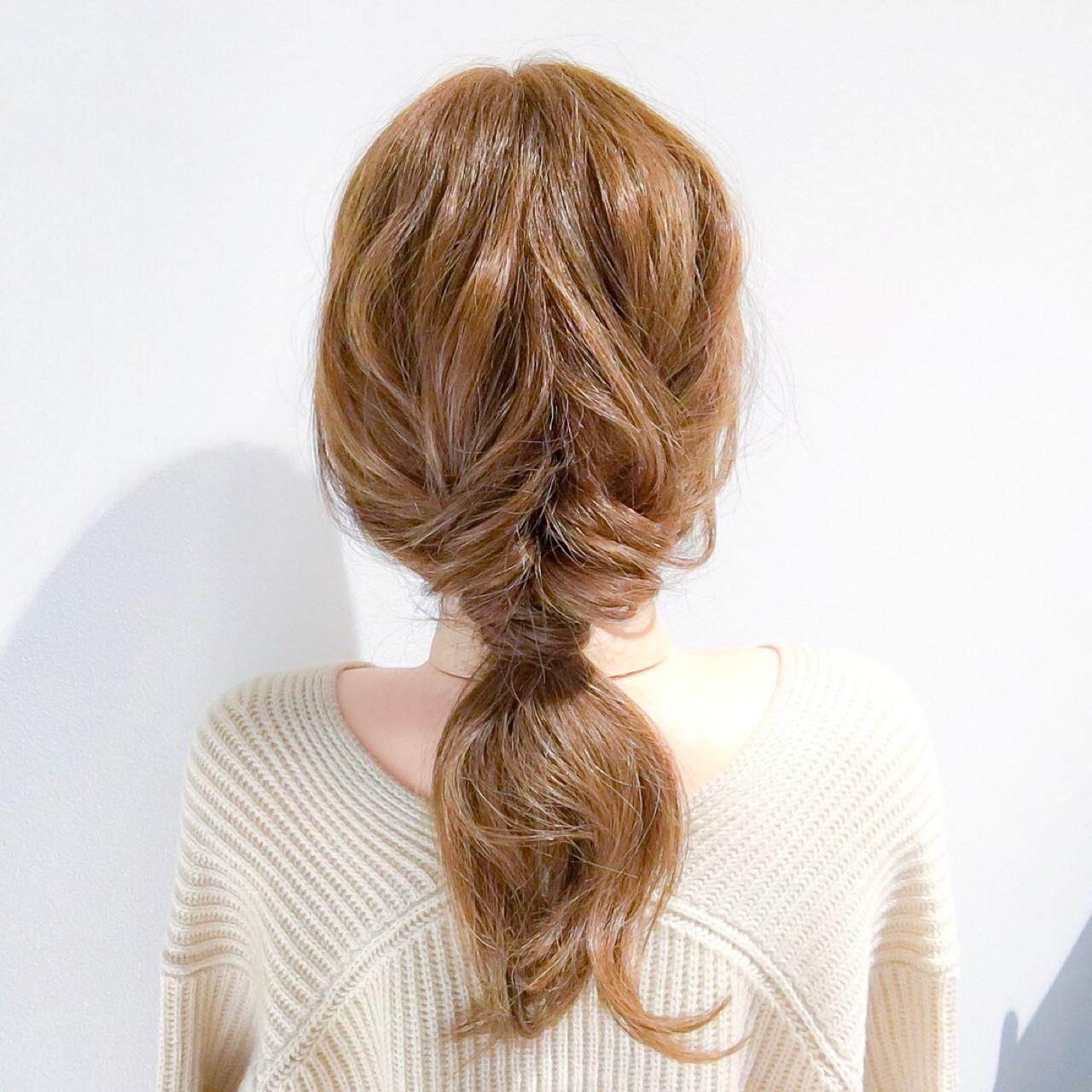 デート ロング ヘアアレンジ アウトドア ヘアスタイルや髪型の写真・画像