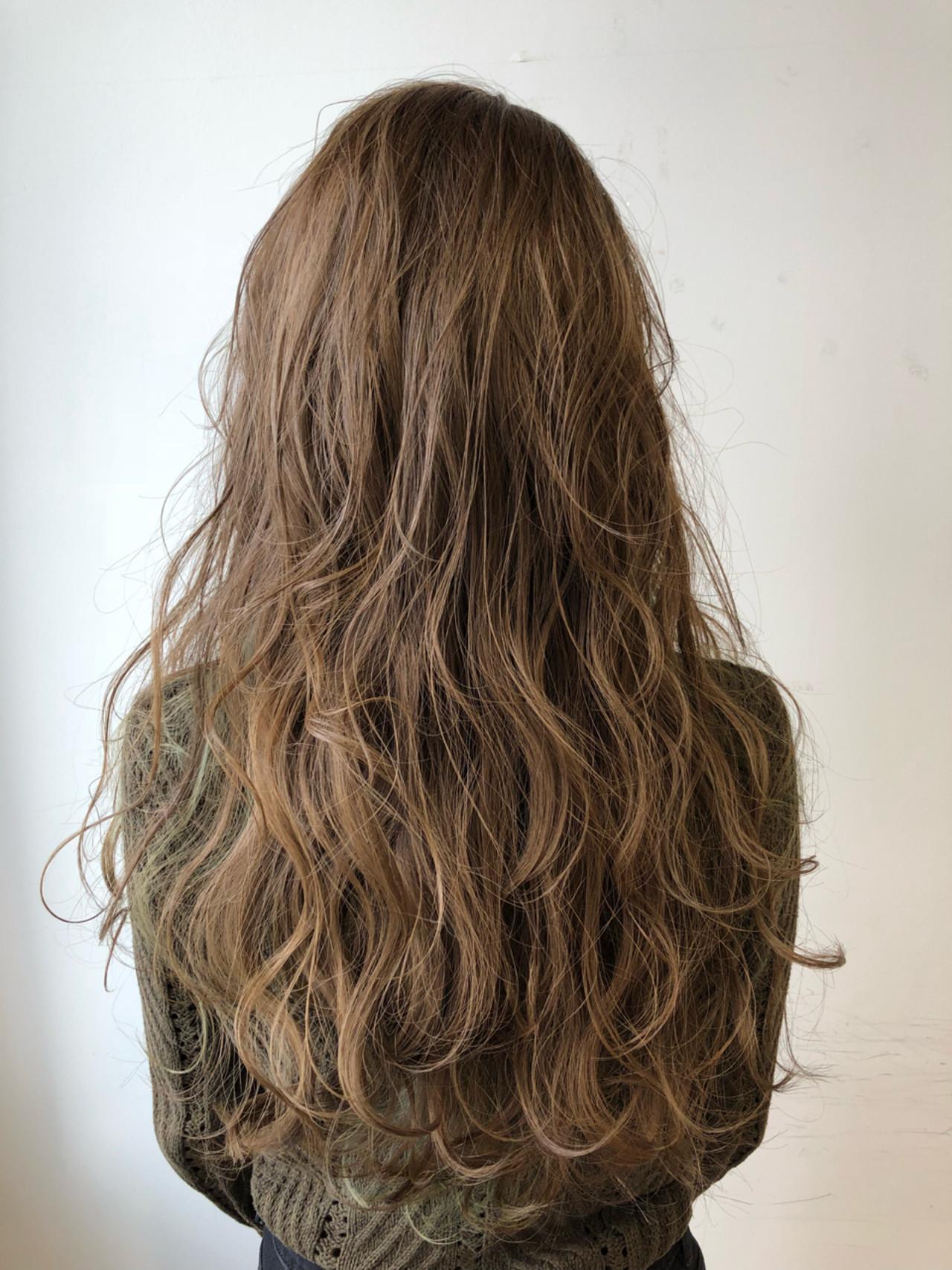 イルミナカラー ヘアアレンジ 3Dカラー ナチュラル ヘアスタイルや髪型の写真・画像