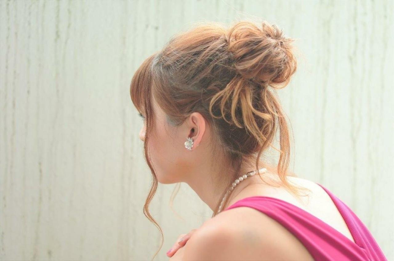 ナチュラル お団子 ヘアアレンジ ロング ヘアスタイルや髪型の写真・画像