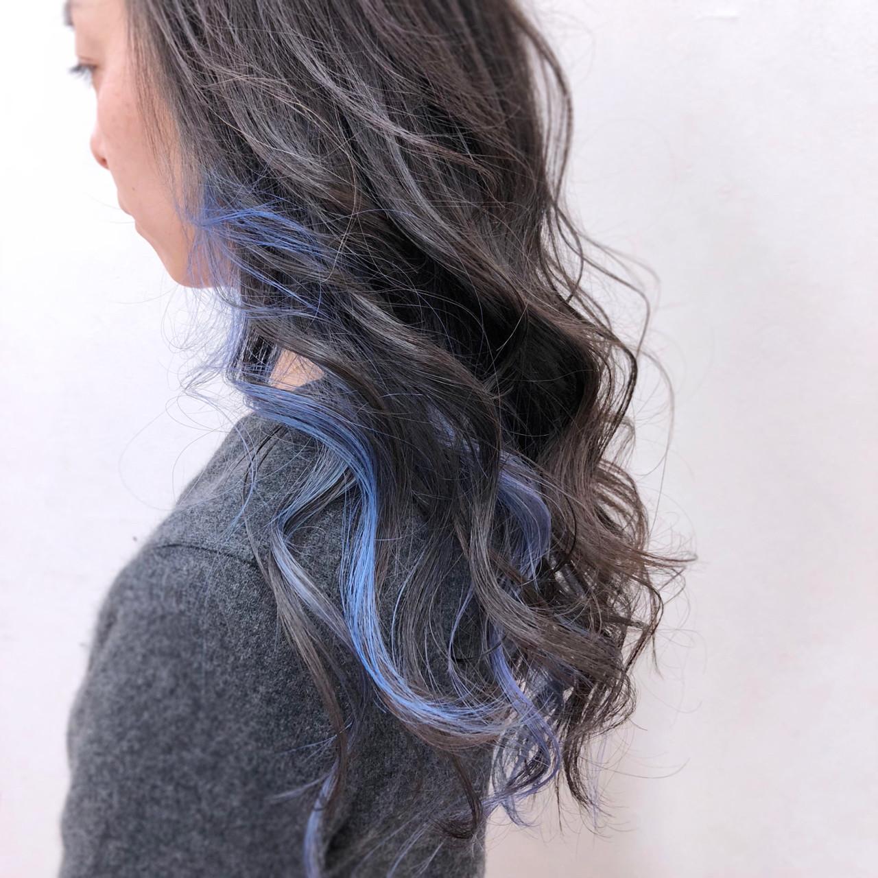 インナーカラー ゆるふわ パープル ナチュラル ヘアスタイルや髪型の写真・画像