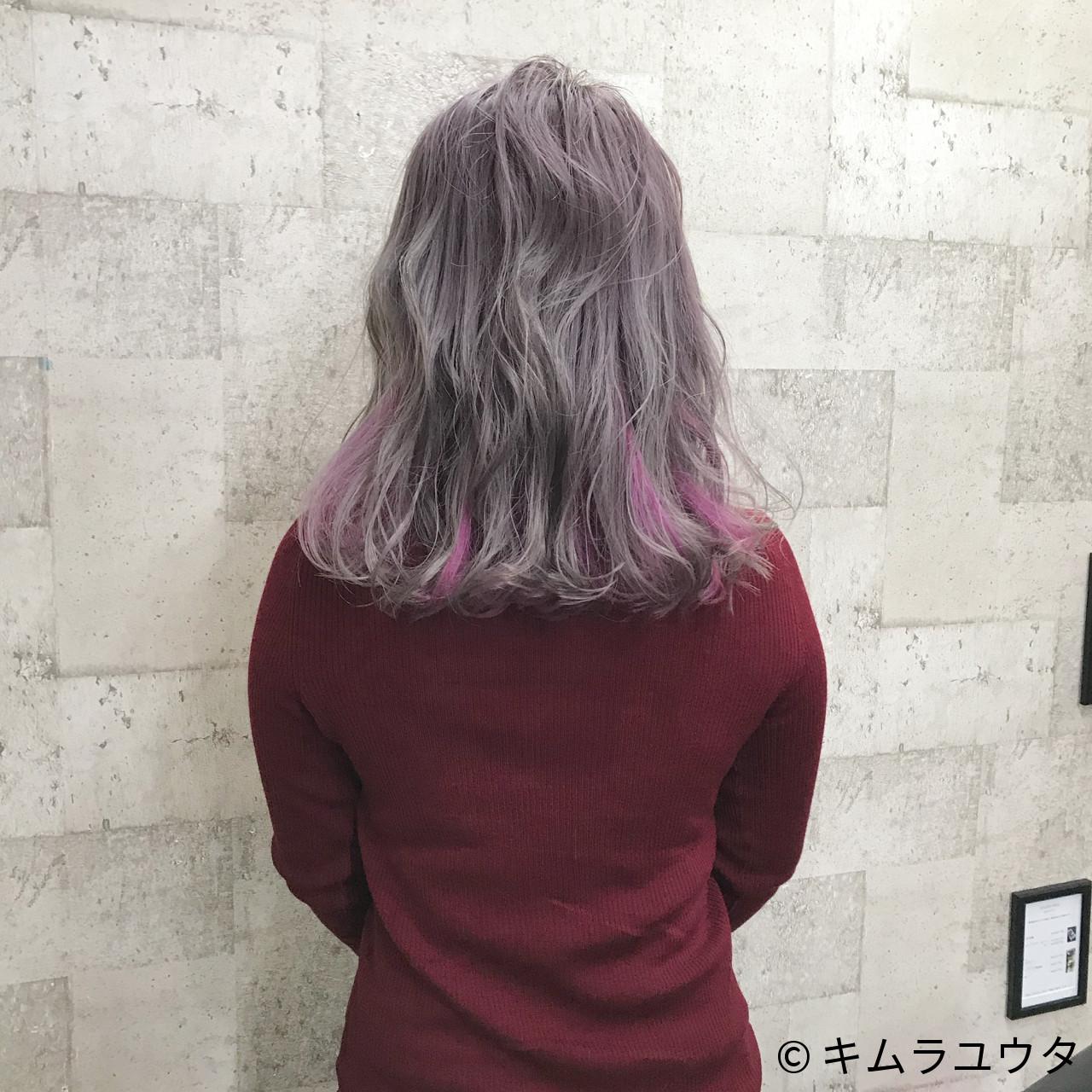 ハイトーン ミディアム カラーバター インナーカラー ヘアスタイルや髪型の写真・画像