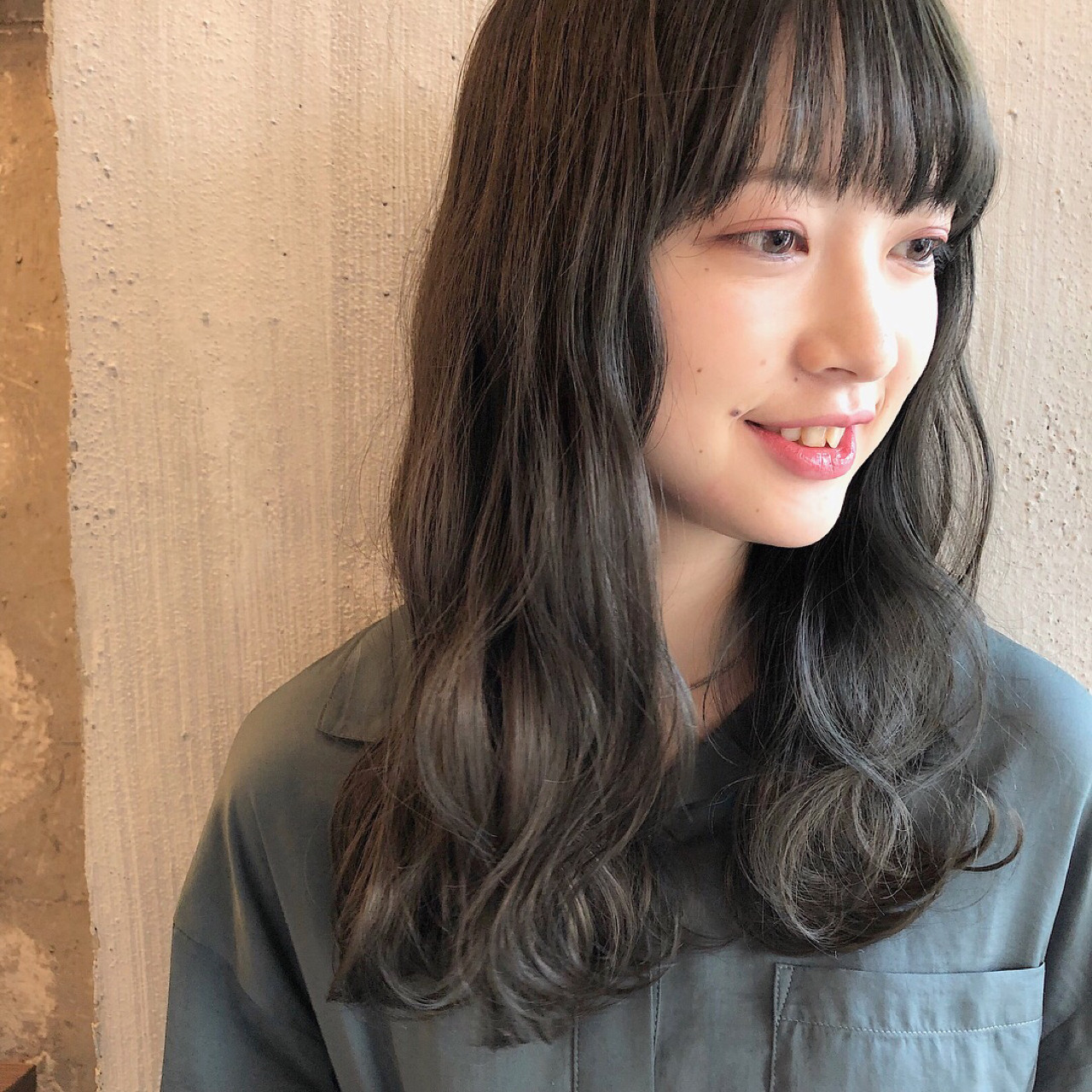 ふんわり前髪×ほの揺れウェービーロング 冨永 真太郎