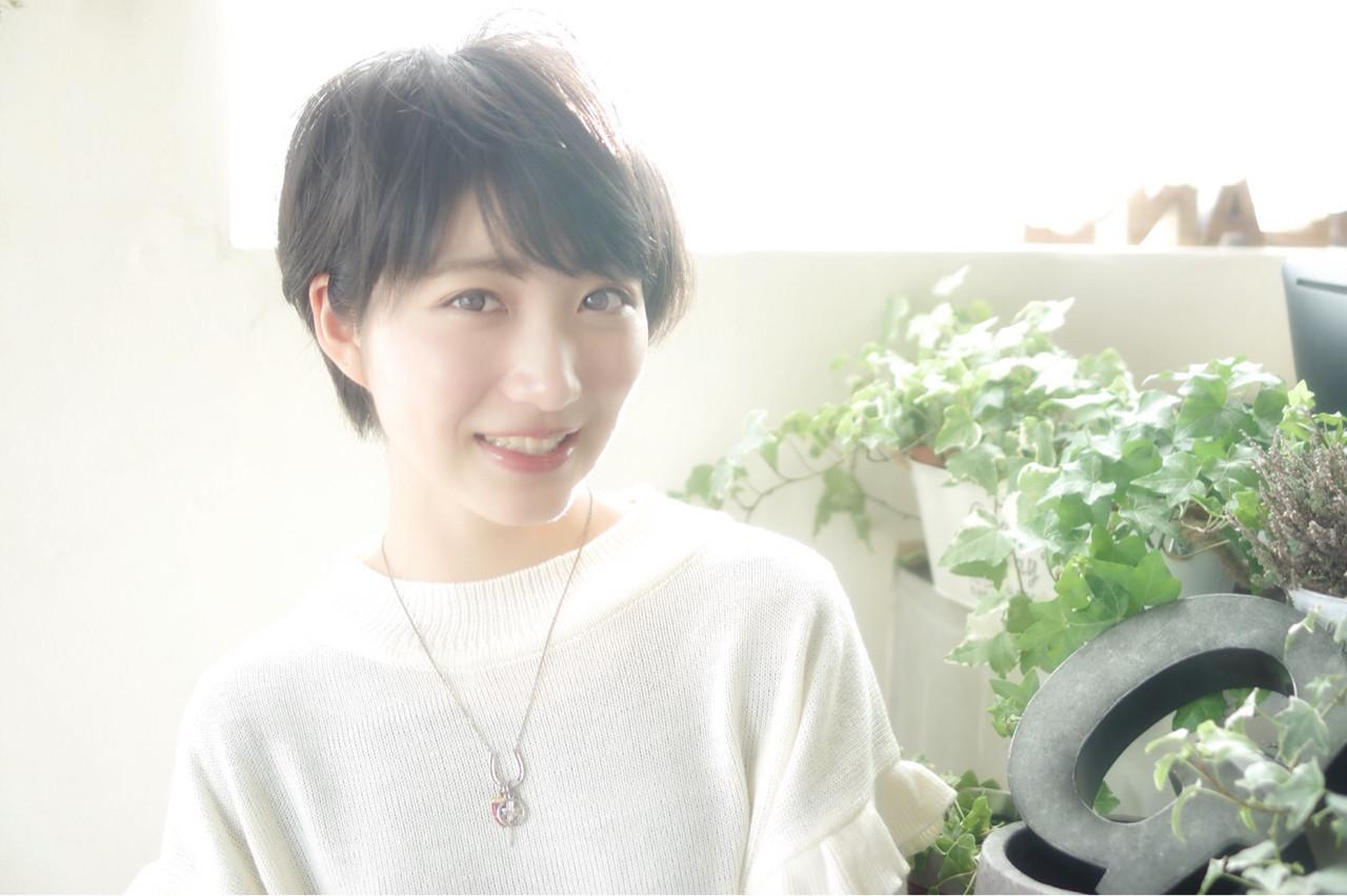 黒髪でナチュラルな雰囲気のベリーショート Saori Sugawara