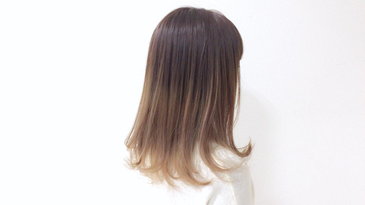 シンプルでかわいいベージュカラーのフラデーション Taniguchi Yukiko