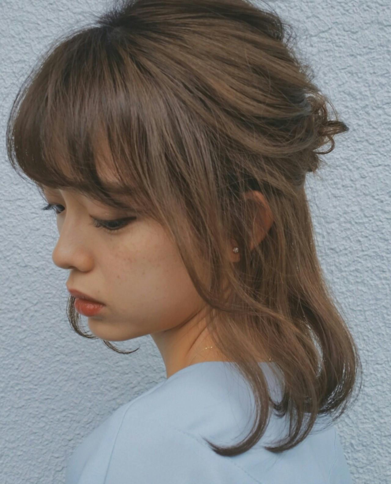 はねた部分をまとめてハーフアップに♪ hosoi | WEC HAIR