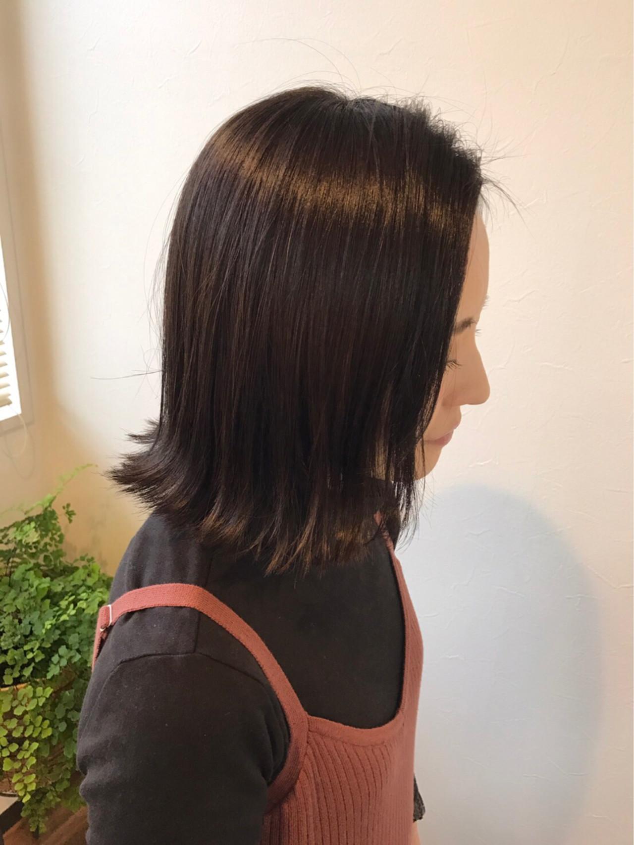 ボブ ブラントカット ナチュラル 黒髪 ヘアスタイルや髪型の写真・画像