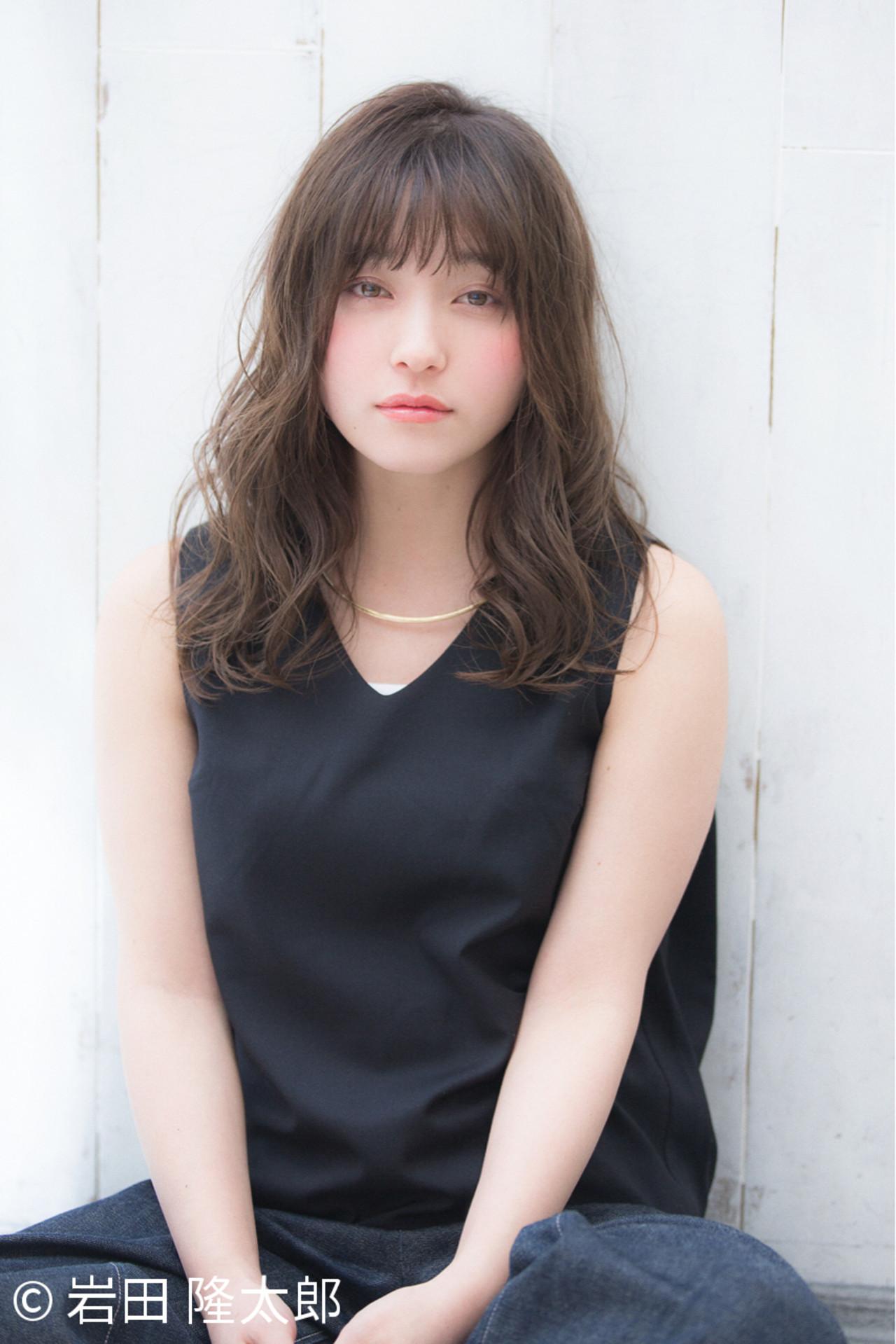 丸顔×おすすめヘアスタイル 岩田 隆太郎 | NEUTRAL produced by GARDEN