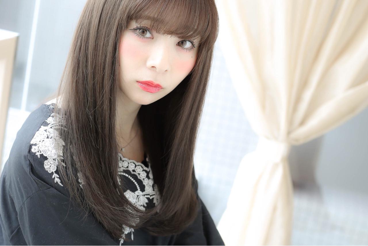 アッシュグレージュ 外国人風カラー 透明感 ロング ヘアスタイルや髪型の写真・画像