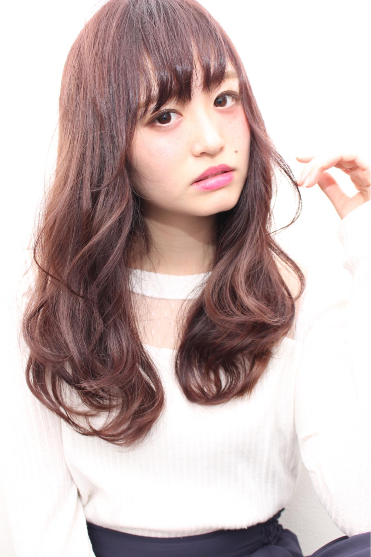 大人可愛いを狙うなら前髪ありロング♡ 尼子卓 | Hair salon Bi-ne