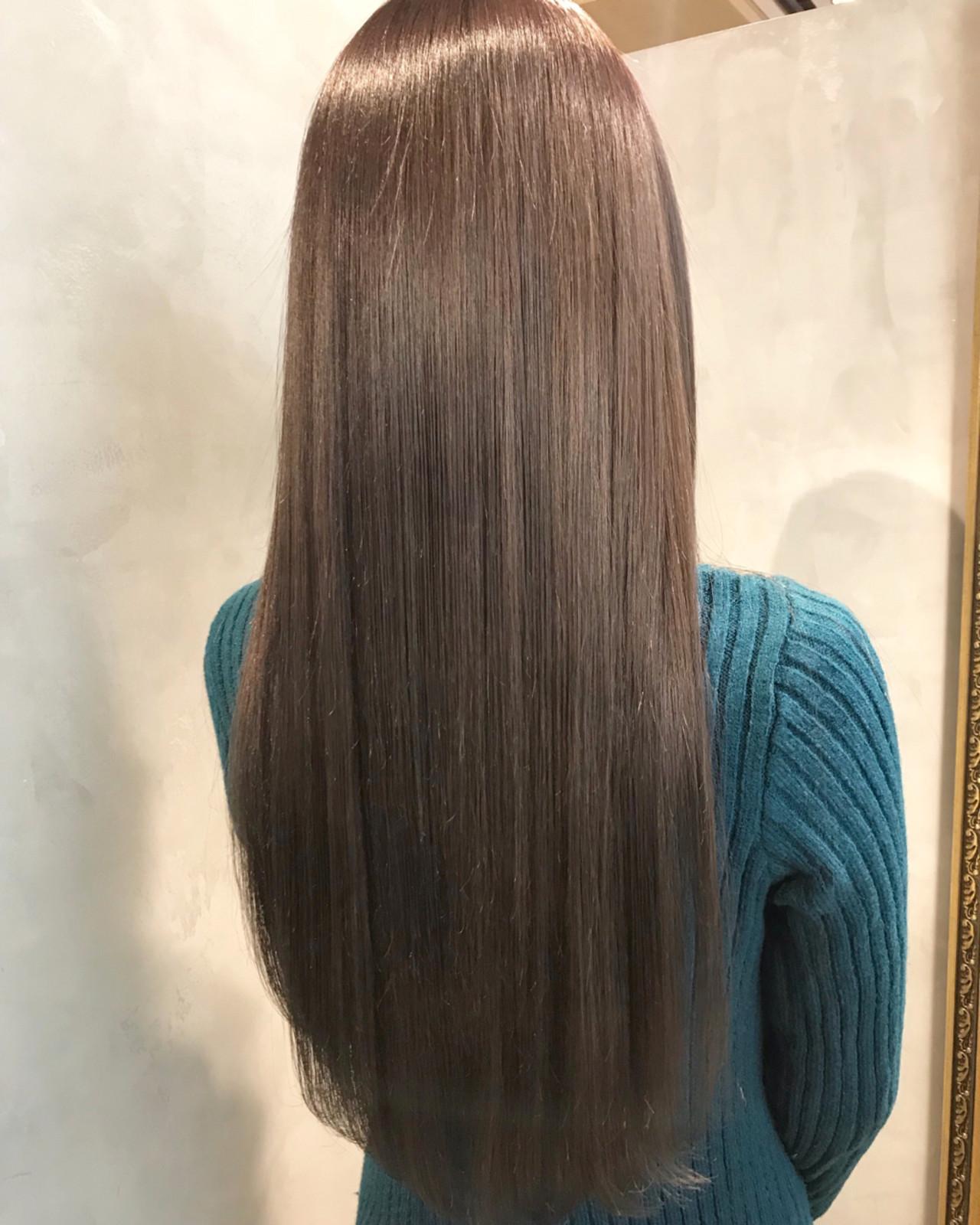 後ろ姿まで綺麗なロングストレートヘア miya/@1031miya | フリーランス(XENA)