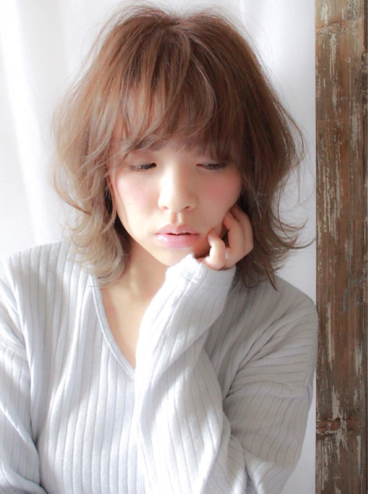ふわクシュ♪ナチュラルなエアリーミディアム hiroki | hair latelier emma