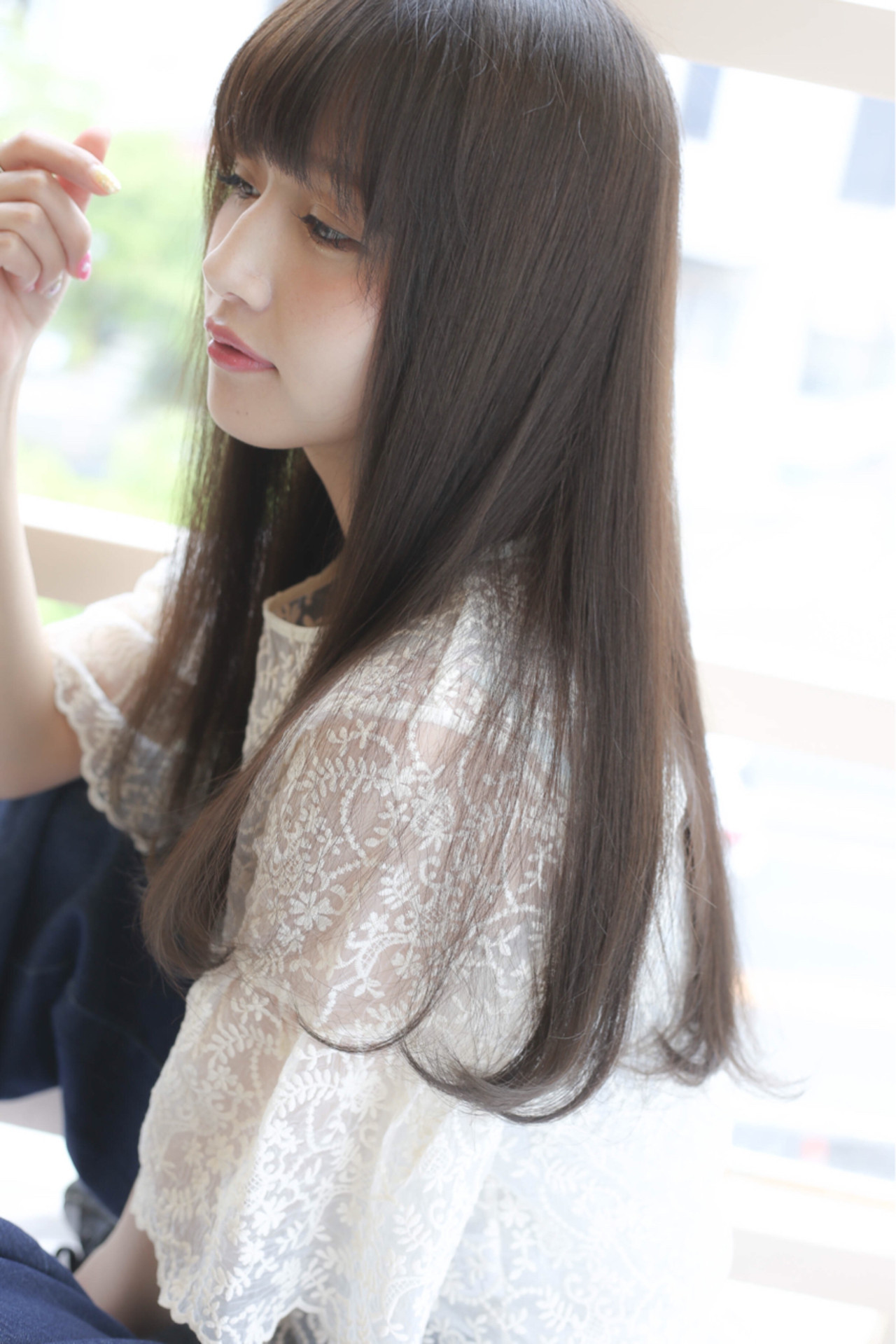 うっすら日に透けるブラウンカラーが美しい 吉田隼人 | GALLARIA elegante本山店
