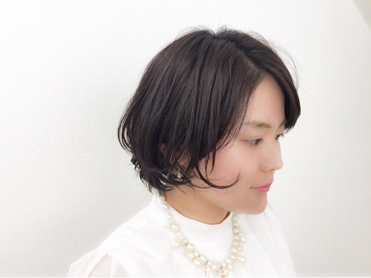 レイヤーカットで顔周りに動きをプラス♪ Taniguchi Yukiko | HEART