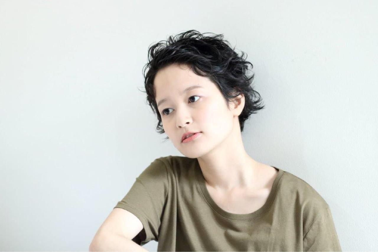 ラフ 黒髪 ナチュラル ヘアアレンジ ヘアスタイルや髪型の写真・画像