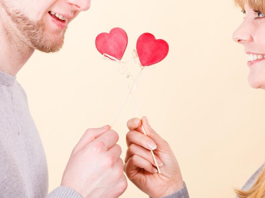 恋愛脳って何…?男性と女性で違う恋愛中の脳の違いとは