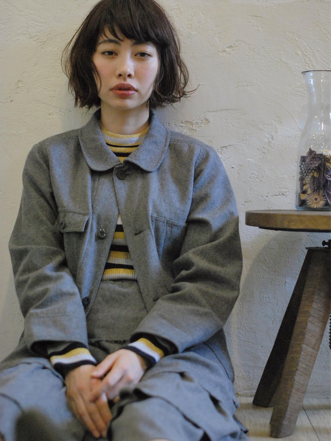 黒髪 ナチュラル ゆるふわ アンニュイ ヘアスタイルや髪型の写真・画像