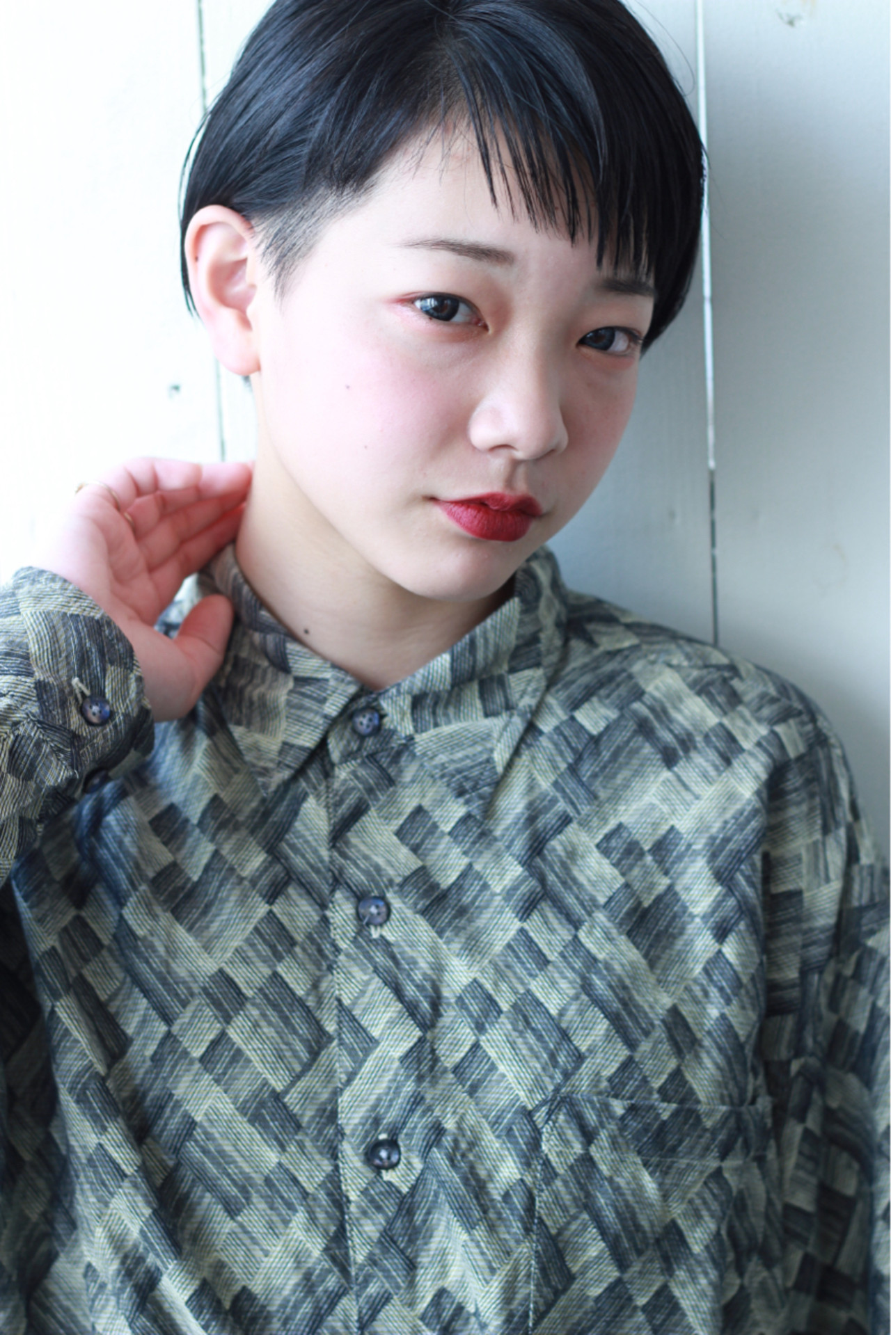 しゅっとしたあごは顔全体をスリムな印象に♡ 松田 和幸 / K.Y.A. | K.Y.A.(ケイ.ワイ.エー.)
