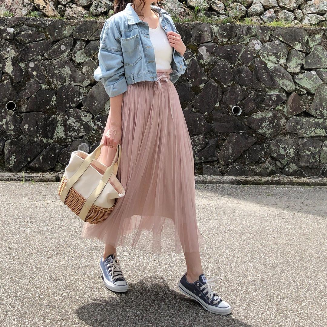 チュールスカートは華奢リボンのデザインが◎ 出典:moyooonn