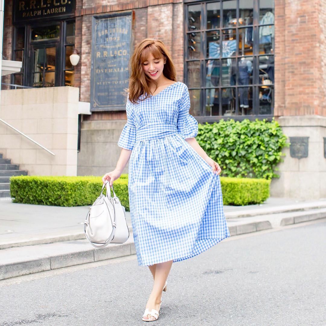 ギンガムチェックでかわいらしく着こなして♪ 出典:ayumi_okabe
