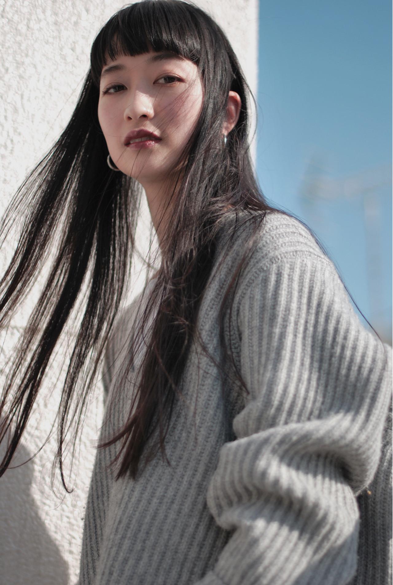 ガーリーに演出して!ぱっつん前髪黒髪ロング ニシムラ カナ