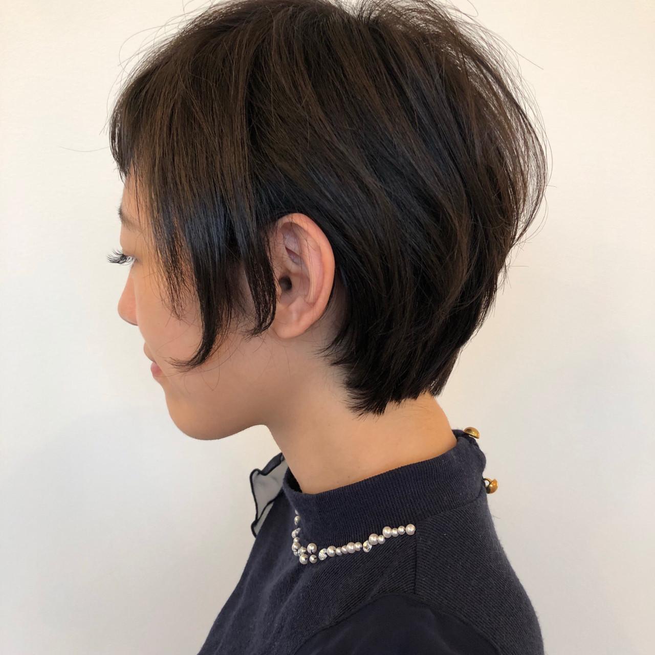 黒髪×耳かけは大人っぽく清楚な印象に♪ ナカヤマアツヒト | hair produced by LouLou