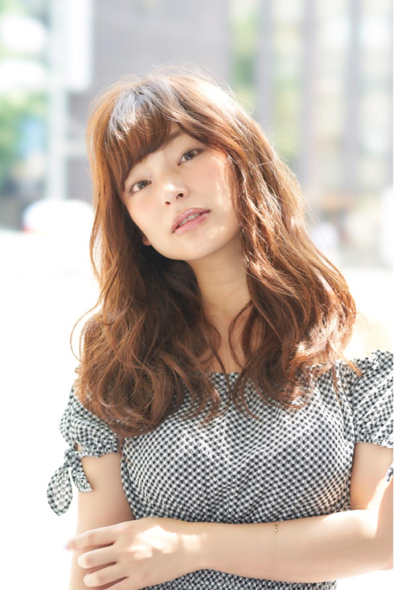 フェミニン リラックス セミロング 色気 ヘアスタイルや髪型の写真・画像