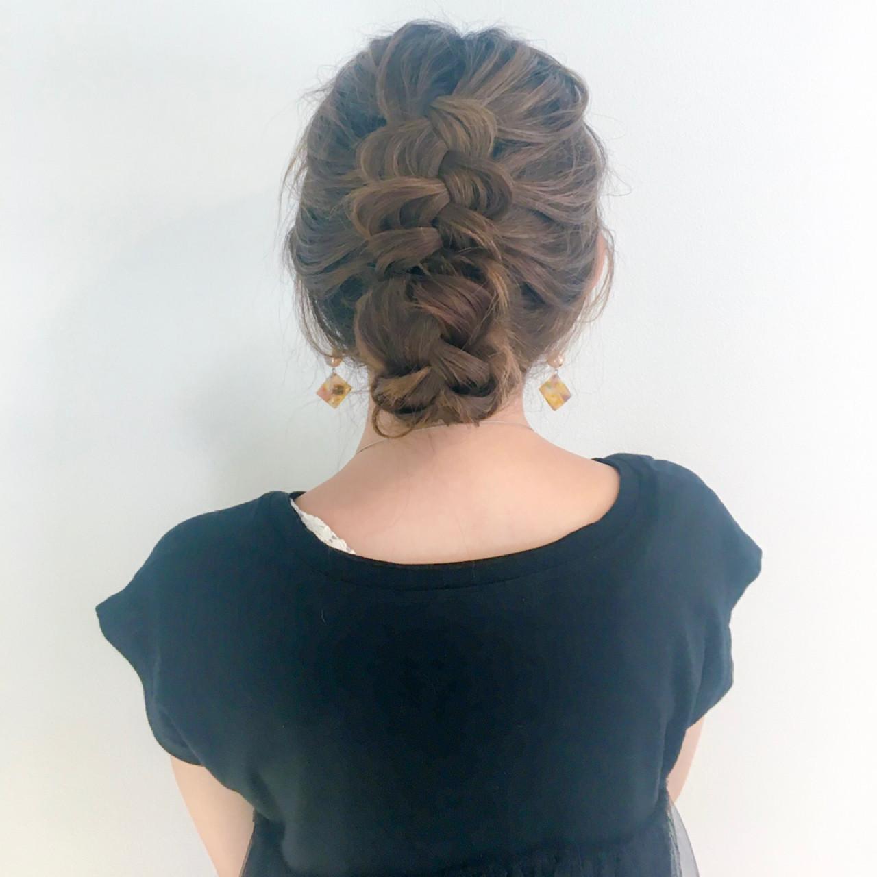 デート 上品 編み込み セミロング ヘアスタイルや髪型の写真・画像