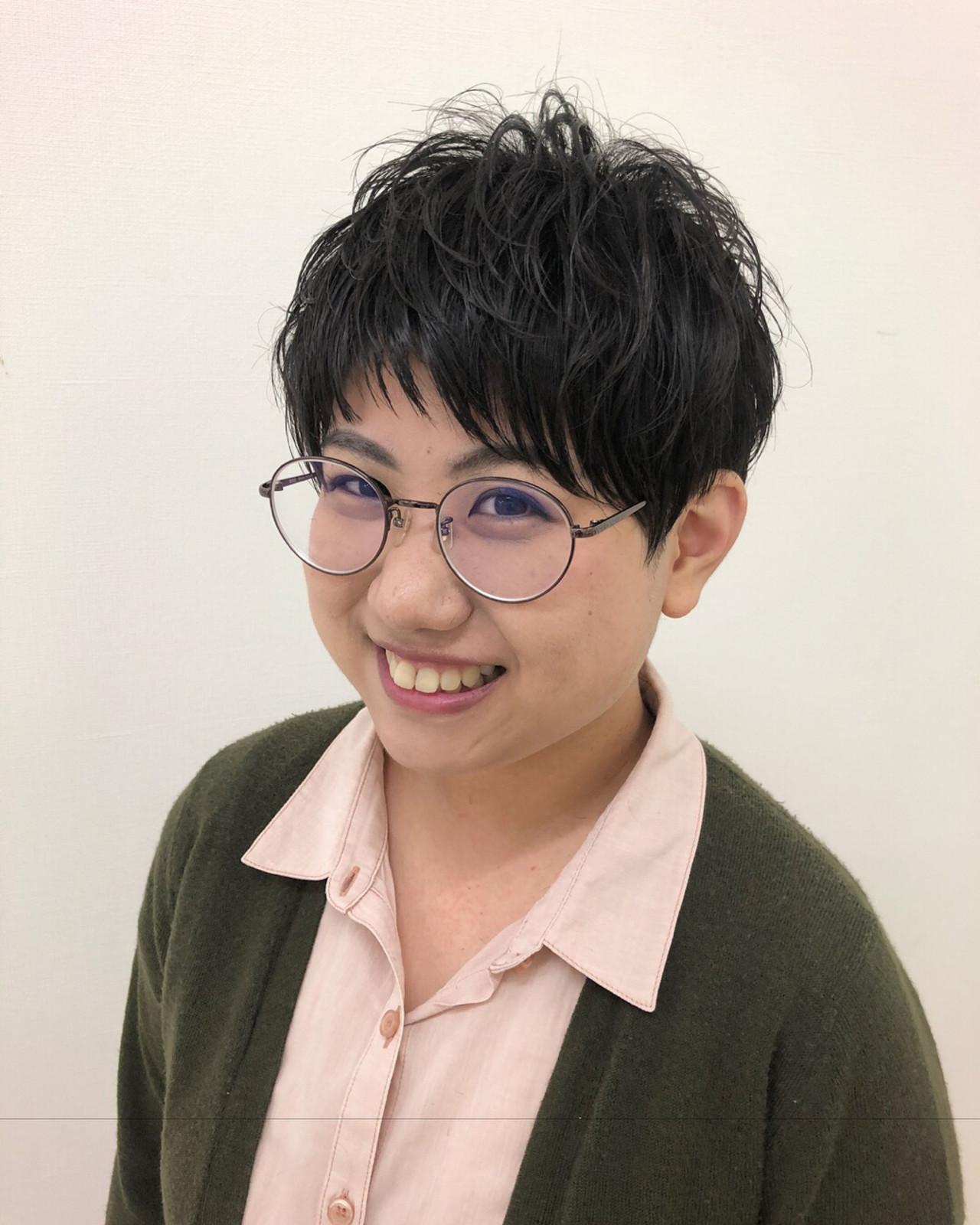 オフィスの華に!面長さんショートパーマヘア Yuuta Asato
