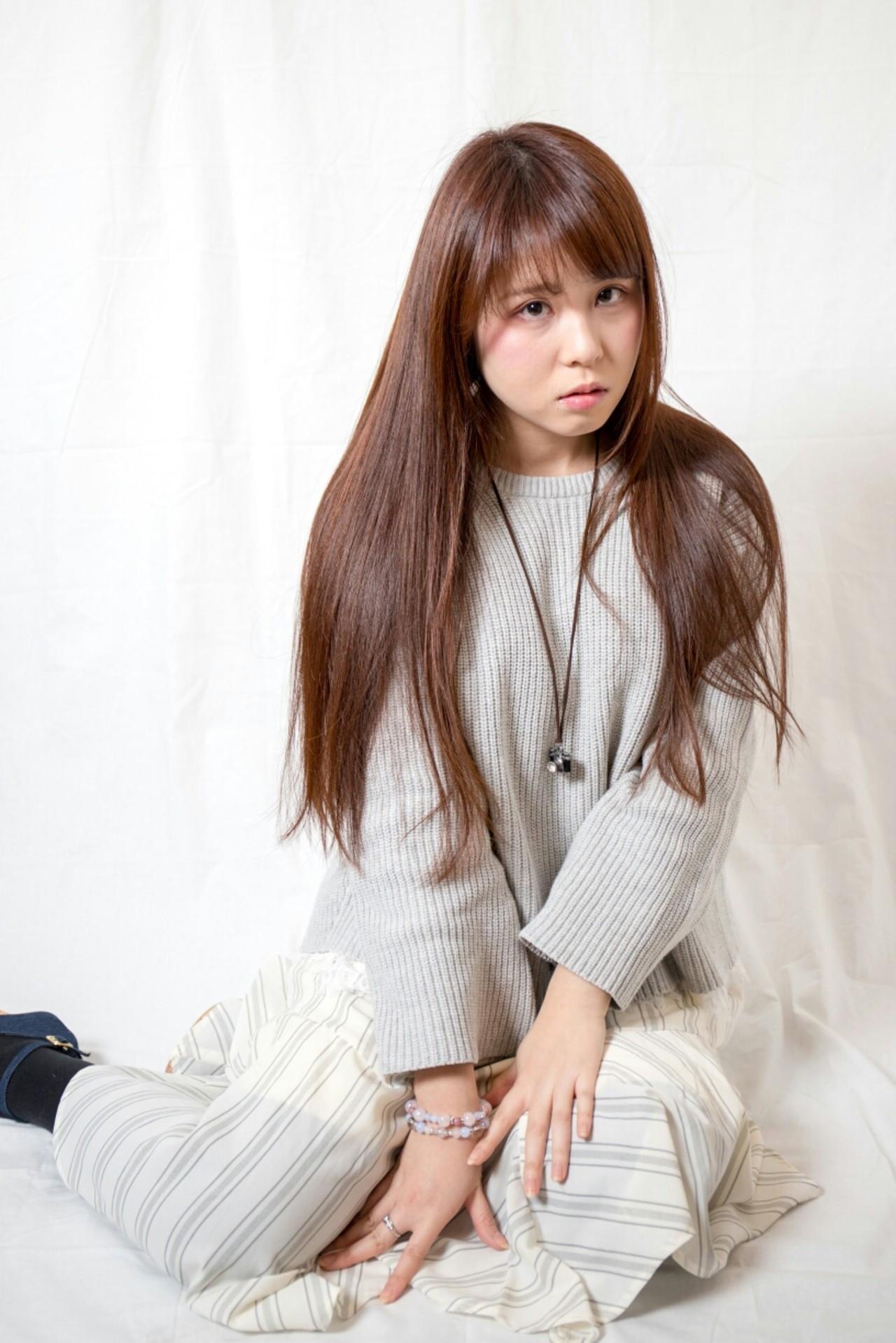 ストレートならやっぱりロング♡色っぽさ満点ヘア Naoki Ozawa