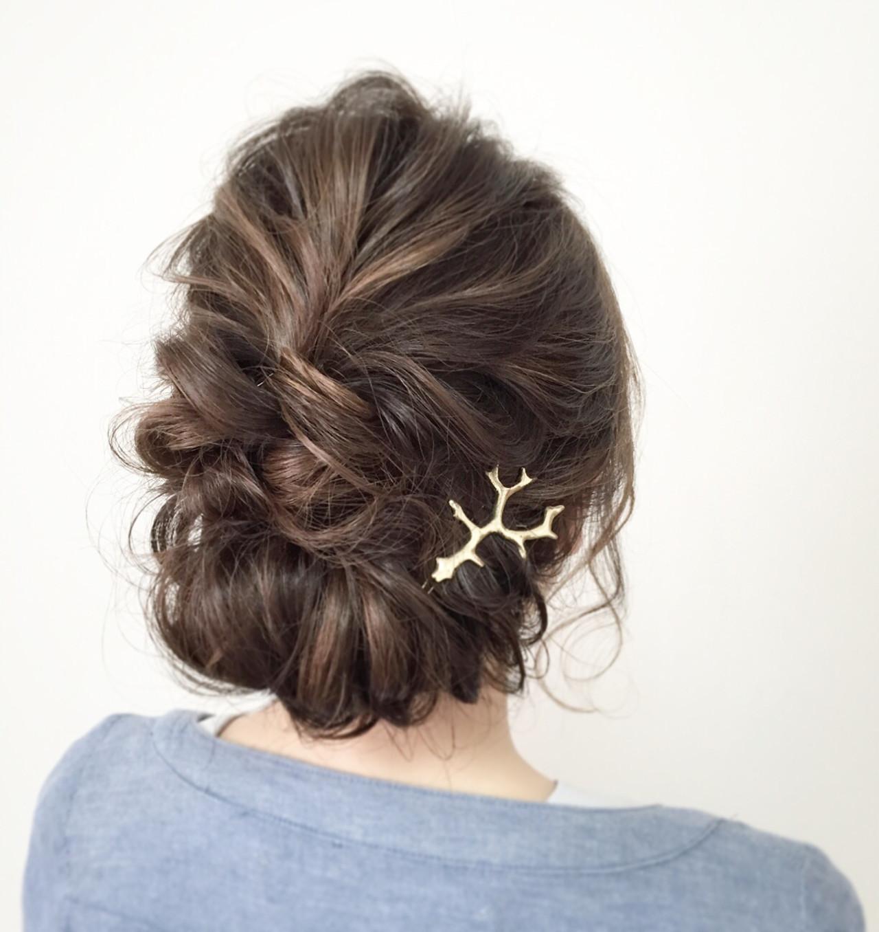 ギブソンタック ミディアム ロープ編み ヘアアレンジ ヘアスタイルや髪型の写真・画像