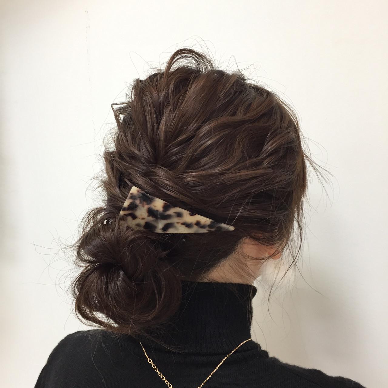 セミロング 簡単ヘアアレンジ ナチュラル フェミニン ヘアスタイルや髪型の写真・画像