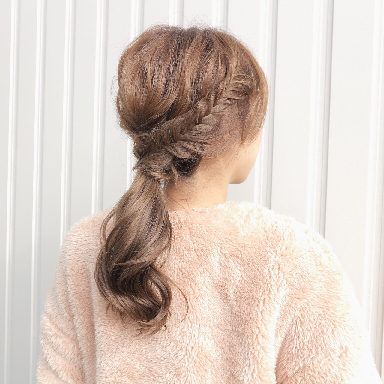 ゆるふわ セミロング 大人女子 フィッシュボーン ヘアスタイルや髪型の写真・画像