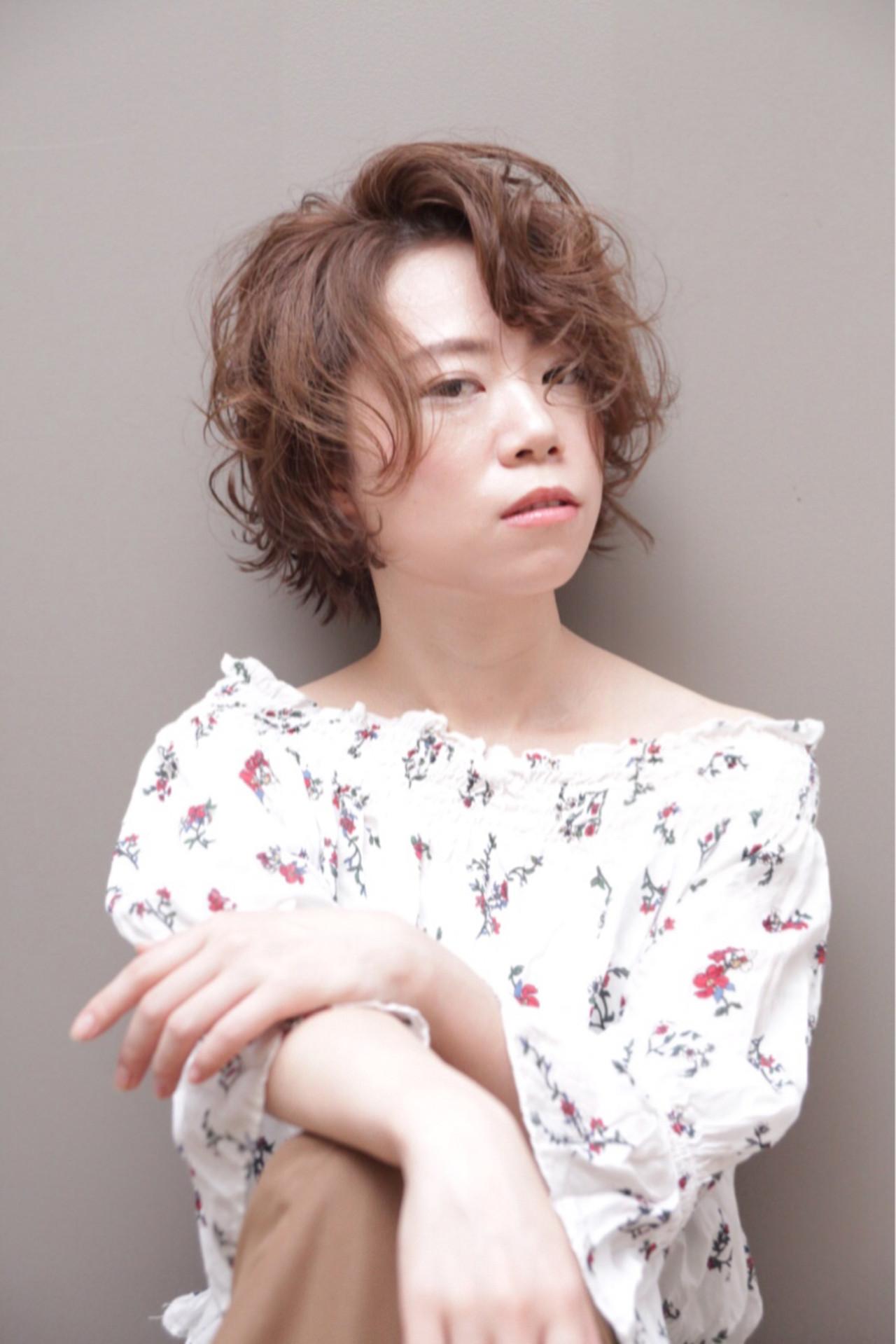 長め前髪でかきあげアレンジに 鈴木元太郎