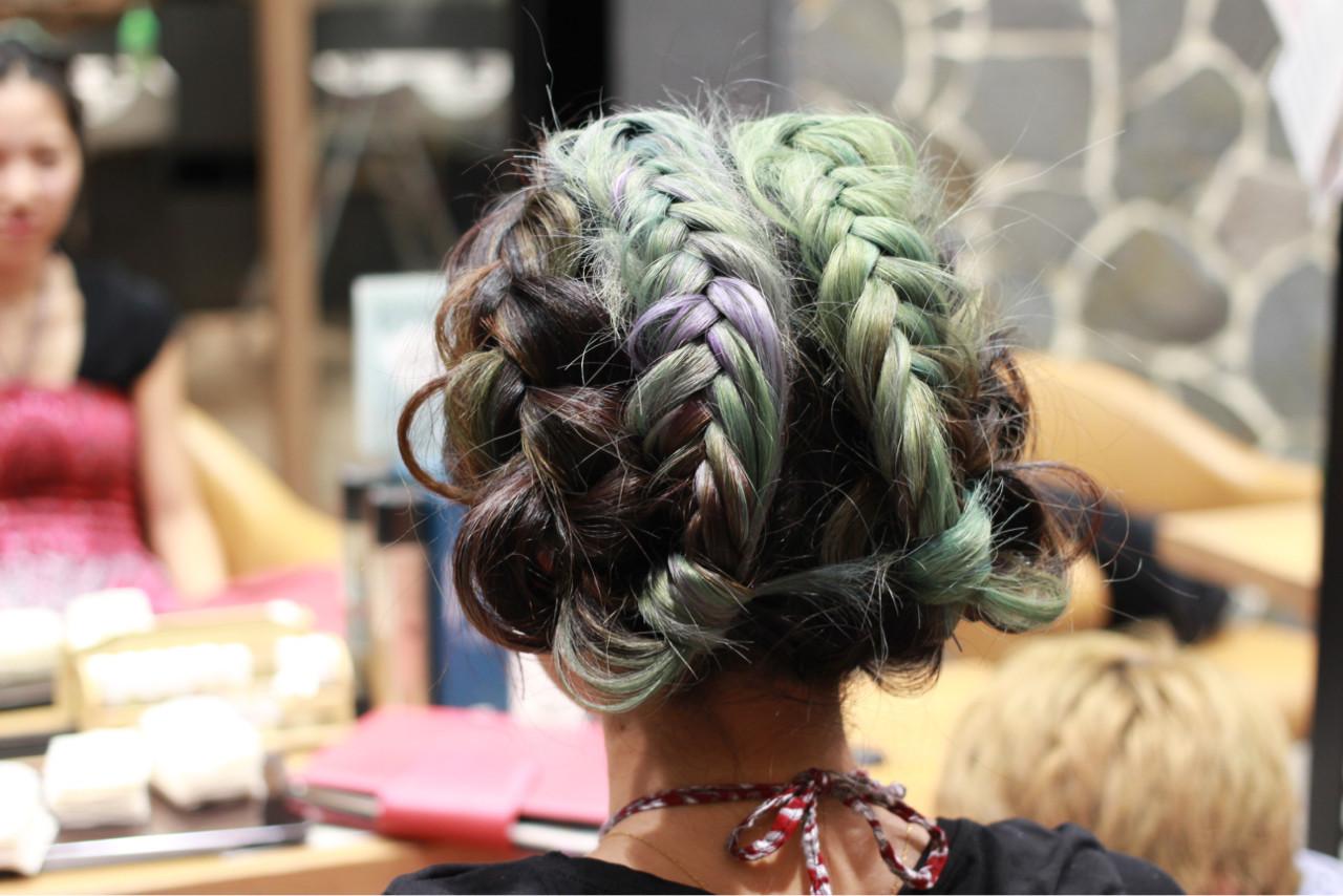 ヘアアレンジ ロング ストリート パステルカラー ヘアスタイルや髪型の写真・画像