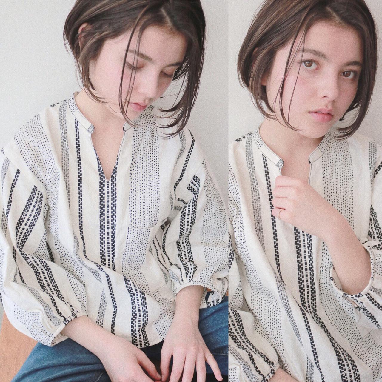 ハイライト アンニュイ 小顔 ナチュラル ヘアスタイルや髪型の写真・画像